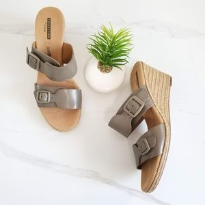 Clarks Lafley Devin Wedge Sandal Slide Gray Buckle